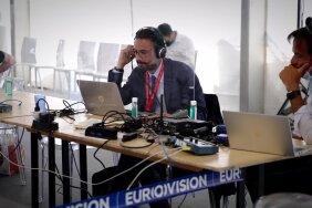 FOTOD ja VIDEO | Delfi ja EPL Genfis: melu Bideni-Putini kohtumise villa lähedases pressikeskuses