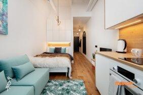 """ФОТО   Как уместить сразу три комнаты в однокомнатной квартире? Показываем на примере квартиры на месте бывшего завода """"Вольта"""""""