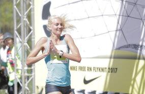 DELFI FOTOD: Eesti suurima kevadise liikumisürituse SEB Maijooksu võitis Liina Tšernov Lily Luige ees