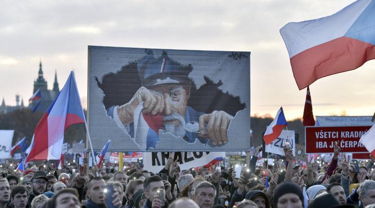 Tšehhis tuli 200 000 inimest tänavatele peaministri lahkumist nõudma