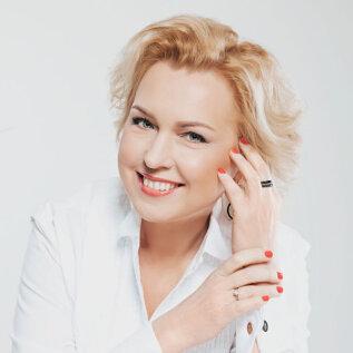 Ingrid Veidenberg kihlus ettevõtjast elukaaslasega: olen temaga koos väga õnnelik!