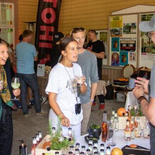 GALERII | Vaata, millega Ösel Gin Fest 2020 rõõmustab džinnisõpru Eesti päikesepealinnas!