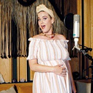 Katy Perryl on rasedusest kõrini