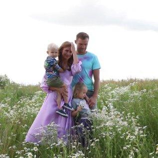 VIDEO | Ikka autodega! Vaata, kuidas sündis Martin Järveoja perekonna armas pildiseeria