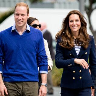 Prints William ja Kate Middleton tegid kingituseks saadud kooki nähes üllatava tähelepaneku