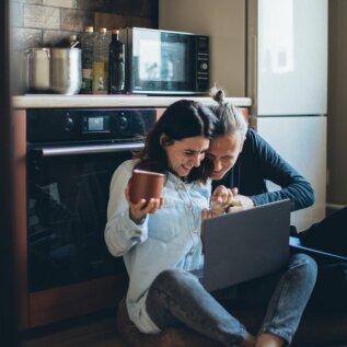 Neid väikeseid asju tehes hoiad oma suhte õnnelikuna