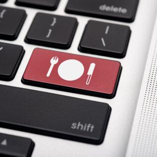 Eesti ettevõtjate poolt loodud uus veebiplatvorm lihtsustab kriisiperioodil restoranide tegevuse jätkamist