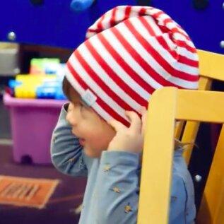 SÜDAMLIK VIDEO | Breden Kids kinkis lasterikastele peredele ligi 13 000 euro väärtuses mütse ja salle