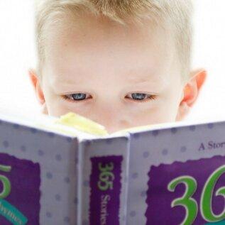 Enneta õpiraskusi tulevikus: praktilised nõuanded, et toetada 5-7-aastase lapse lugema- ja kirjutama õppimist