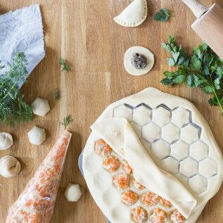 Pelmeenide valmistamise ABC | Mida peaks teadma tainast, sisust ja vormimisest? Lisatud ka veganitele sobiva pelmeenitaina retsept!