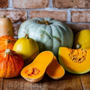 RETSEPTID | Oktoober on kõrvitsakuu! Mida huvitavat teha kõrvitsast ja kabatšokist?