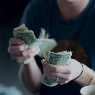 Raha säästmise meistriklass: see lihtne ja kaval nipp aitab sul liigset kulutamist vältida
