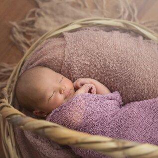 Ära võrdle end teistega, vaid arvesta, milline on beebi eakohane unevajadus tegelikult!