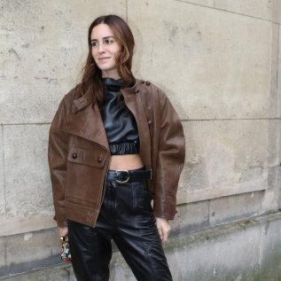 Selle sügise jakk on pruun nahkjakk: viis stiilseimat, mida võiksid proovima minna