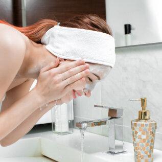 FOTOD | Anne & Stiili toimetuse naiste karantiiniaegne koduspaa: suurepärane aeg lõigata ise juukseid ja pakkuda nahale hellitust!