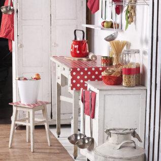 Kööki saab värskendada uute nõude ja erksates toonides aksessuaaridega.