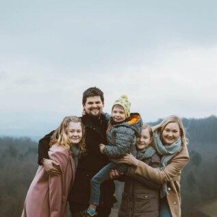 Netitutvusest kasvas armastus Sloveenias | Jaanika: siin kehtib ilus põhimõte, et last kasvatab kogu küla