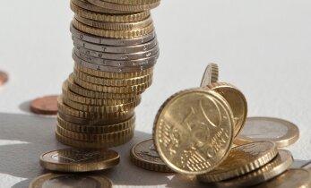 Kas töötav pensionär võib koondamise korral saada töötuskindlustushüvitist?