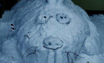 Lumeskulptuurid keset Mustamäed