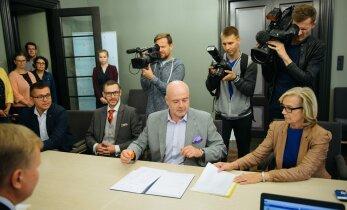 FOTOD: Sotsid ja reformierakondlased esitasid Eiki Nestori presidendikandidaadiks