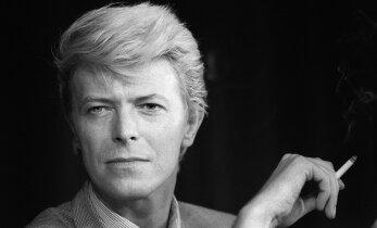Legendaarne muusikaajakirjanik: David Bowie surm võis olla assisteeritud enesetapp