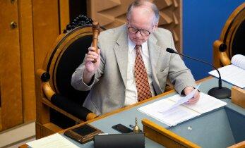 Enn Eesmaa kritiseerib Mart Helmet: üllatav, et Eestis keegi NATO kriisist räägib