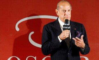 Staarid leinavad Oscar de la Rentat: tema erakordne maitsemeel kergitas Ameerika moemaailma tippu