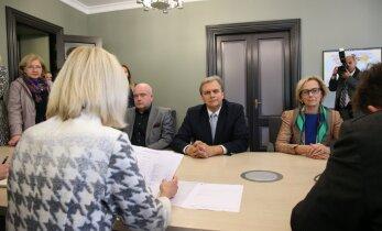 ФОТО и ВИДЕО: Керсти Кальюлайд была представлена в кандидаты на пост президента Эстонии