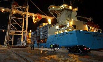FOTOD: Sillamäe sadam astub uue terminaliga jõuliselt konteineriärisse