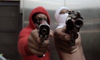 Ajakirjanik Chicago gängisõdade keskel: tulistamised, mõrvad ja käed rüpes istuv politsei