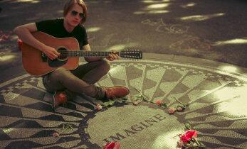 Taavi Peterson esitab Õllesummeril Lennoni lugusid: peab ikka endast proovima teha samuti sellise legendaarse tegija!