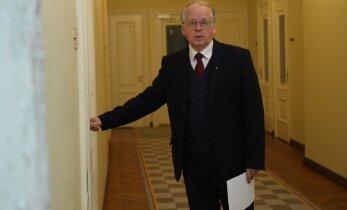 Eesmaa: väliskomisjon arutab, mida presidendi tagasilükatud eelnõuga teha