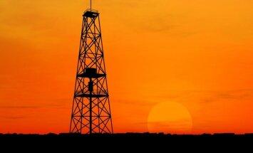 Nafta puurtorn