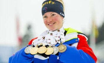 Marie Dorin-Habert lahkus laskesuusatamise MM-ilt kuue medaliga.