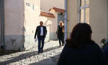 ФОТО и ВИДЕО: Центристы собрались, чтобы обсудить гарантийные письма, но перессорились