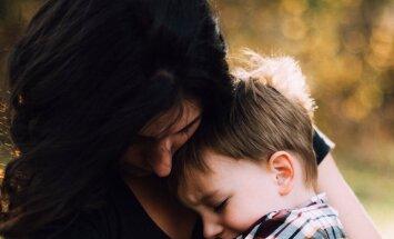 Vihane lugeja: lõpetage emade häbistamine, kes peavad lapsed emapalga lõppedes lasteaeda panema! See ei ole valik, vaid ellujäämiseks hädavajalik!