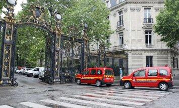FOTOD SÜNDMUSKOHALT: Sünnipäevapidu pargis muutus õuduseks: Pariisis sai välgutabamuse tõttu viga 11 inimest, 10 neist lapsed