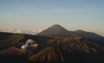 Jaava, vulkaanide ja haruldaste ninasarvikute saar