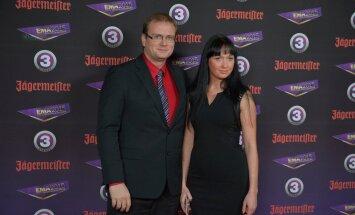 Las Vegases abiellunud Sven Soiver ja Jekaterina Sokolova on abikaasad vaid USAs: seni pole perekonnaseisuametisse millegagi minna!