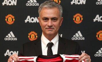 AMETLIK: Jose Mourinho sõlmis Manchester Unitediga 3-aastase lepingu