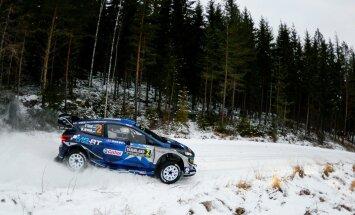 FOTOD: Ott Tänak sai Rootsi ralli testikatsel kaheksanda koha