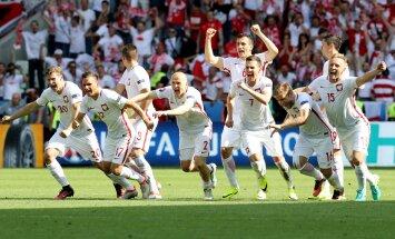 FOTOD: Poola lõi jalgpalli EM-i esimeses kaheksandikfinaalis penaltitega Šveitsi