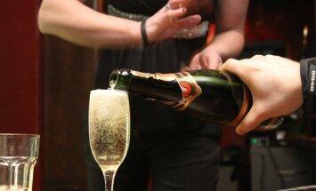 Вы открывали шампанское неправильно всю жизнь