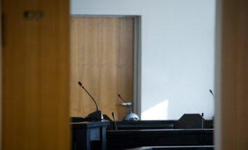 Suuri summasid välja petnud arveveski peremees astub esmaspäeval koos kaaslastega kohtu ette