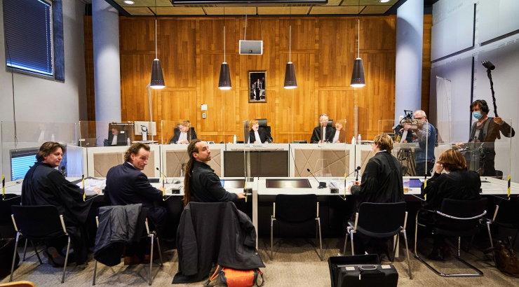 Hollandis toimub tuline kohtuvaidlus liikumiskeelu üle. Riigi kiirapellatsiooni toel jäi komandanditund siiski jõusse