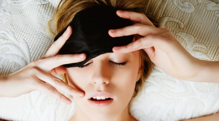 Öösel toimuvad sinu nahaga väga olulised muutused! Siin on põhjus, miks kõigest kuuest tunnist ööunest kohe kindlasti ei piisa