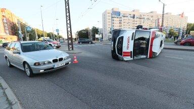 Õnnetus Tammsaare ja Sõpruse puistee ristil.