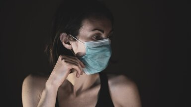 Что такое маскне? Как ношение маски вызывает различные типы заболеваний на лице, включая розацеа, экзему и акне