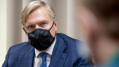 Kaitseminister Kalle Laanet