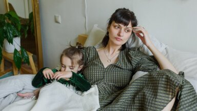 Как детские травмы мешают нам воспитывать собственных детей? Объясняет психолог из Таллинна